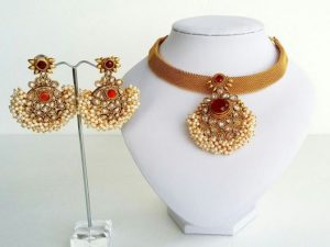 American Diamond & Pearl Cluster Pendant on Flat Gold Chain