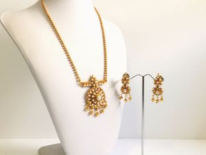 Dainty Pearl Mini Haaram & Matching Earrings