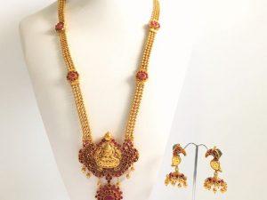 Ornate Kemp Lakshmi Maharam Pendant with Matching Parrot Detailed Jhumkas